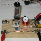 One Tube QRP Transmitter http://www.wb8nut.com/photo1/